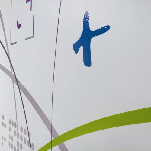 Clinique Oudinot détails décor mural adhésif salle d'attente chirurgie ambulatoire