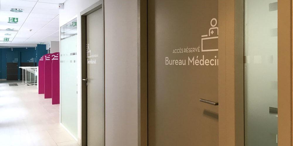 Signalétique porte bureau médecin cabinet d'imagerie médicale