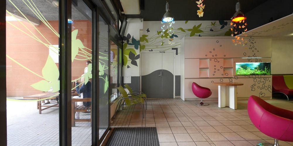 MAS Dr Arnaud décoration murale et vitrophanie en adhésifs pour l'espace de vie