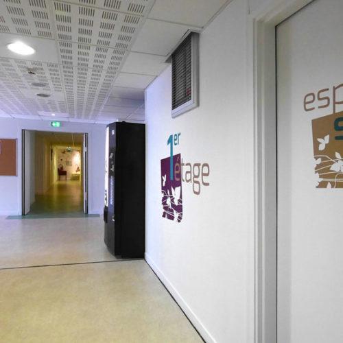 Décor mural et signalétique 1er étage MAS du Dr Arnaud