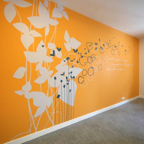 Décoration murale dans une salle de la MAS du Dr Arnaud