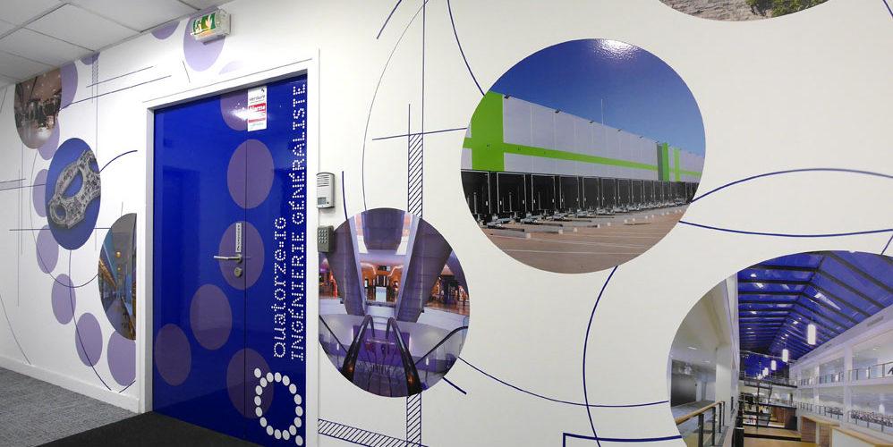 Réalisation d'une décoration murale adhésif pour l'entrée des bureaux de QIG à Paris