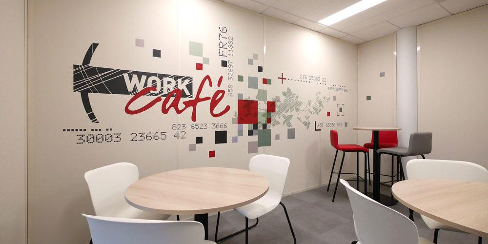 Design mural - Habillage mural décoratif Work Café pour la Société Générale à Lyon