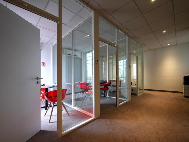 Création de vitrophanie originale pour des cloisons vitrée pour des bureaux à Paris - Avant