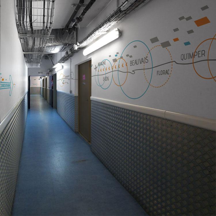 Design mural pour les locaux d'Aviva service courrier