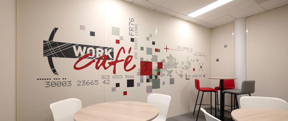 Habillage mural décoratif Work Café pour la Société Générale à Lyon