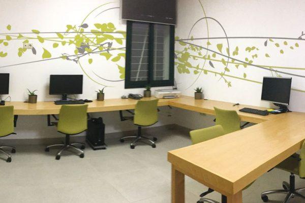 Design mural - Habillage mural décoratif pour un petit espace de travail