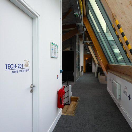 Signaletique zone technique dans les nouveaux locaux d'HIVENTY a Boulogne